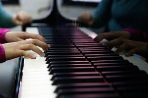Scuole di musica. In Emilia-Romagna 40mila ragazzi frequentano le Scuole civiche di musica: la Regione ci crede e stanzia fondi