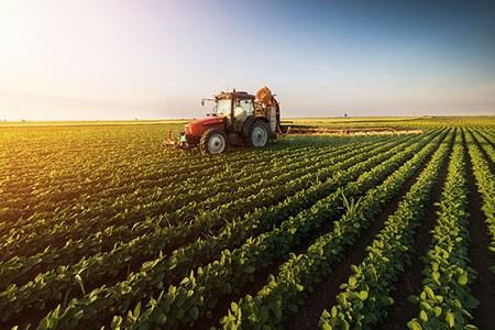 Scuola e sicurezza sul lavoro: corsi sull'uso del trattore agricolo e forestale per oltre 1.600 studenti