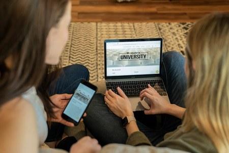 Il futuro non si ferma, orientamento universitario online per gli studenti