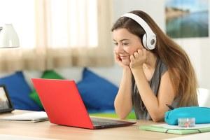 Ragazze digitali, summer camp di informatica online