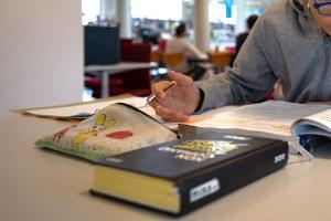 Borse di studio e contributi per i libri di testo per l'anno scolastico 2021/2022: domande online dal 6 settembre