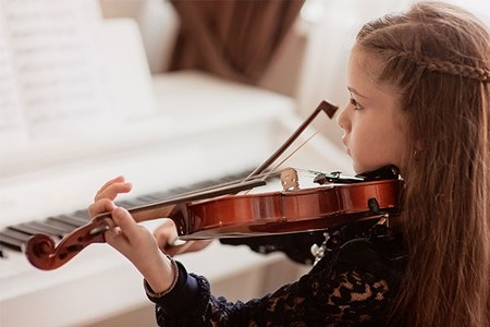 Educazione musicale, contributi ministeriali per le lezioni dei minori di 16 anni